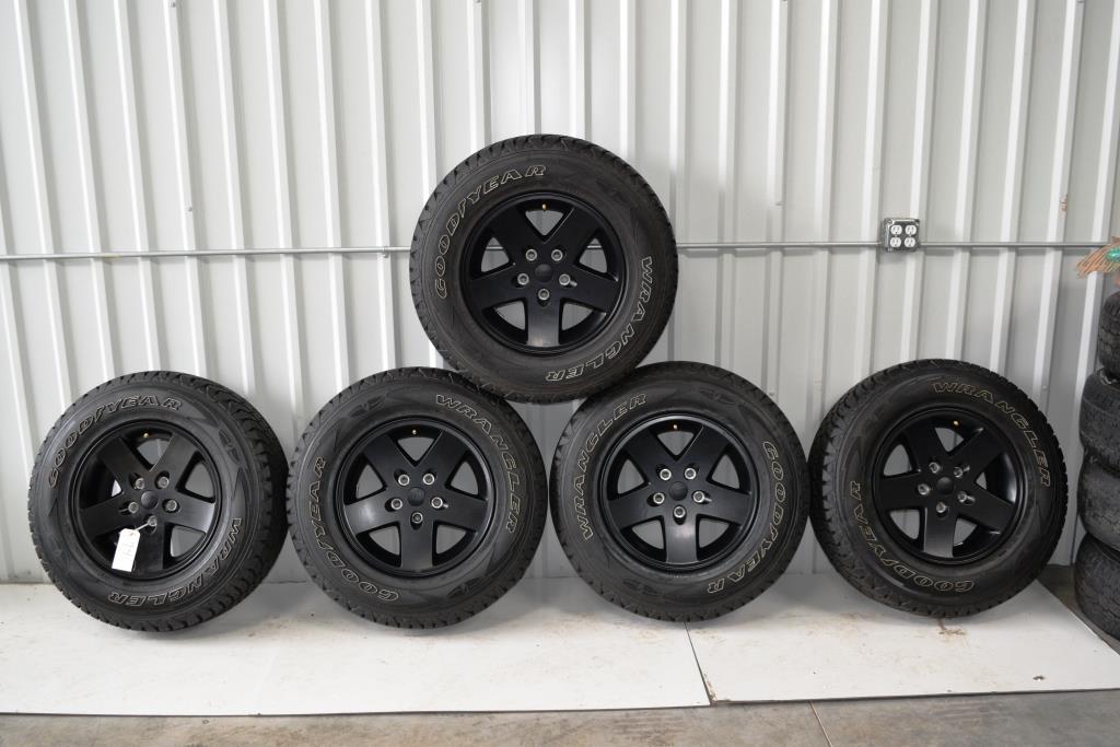 7a13cd1a18f Jeep Wrangler Black Wheels OEM OEM Factory Wheels Rims